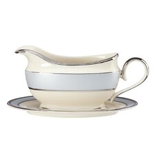 Frost 16 oz. Gravy Boat with Tray