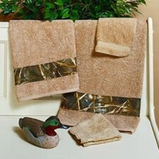 <strong>Realtree Bedding</strong> Max-4 Bath Towel