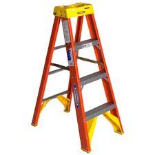<strong>Werner</strong> Fiberglass Step Ladder