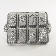 <strong>Nordicware</strong> Platinum Holiday Mini Loaves Cake Pan