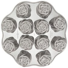 <strong>Nordicware</strong> Platinum Sweetheart Rose Muffin Pan