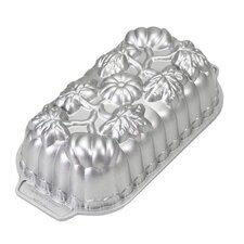 <strong>Nordicware</strong> Pumpkin Loaf Pan