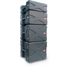 "<strong>SKB Cases</strong> US Series Rack Case: 17 1/2"" H x 23 3/4"" W x 22"" D (outside)"