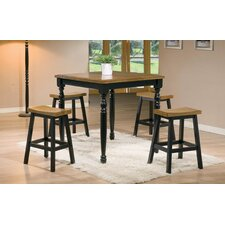 Quails Run Pub Table with Optional Stools