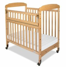 <strong>Foundations</strong> Serenity Safereach Fixed Side Mirror End Compact Crib