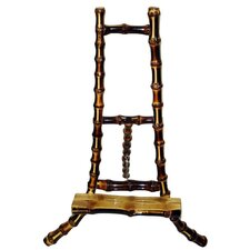 Bamboo Root Easel in Burnt