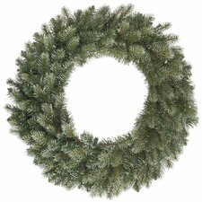 <strong>Vickerman Co.</strong> Colorado Spruce Wreath with 375 Tips