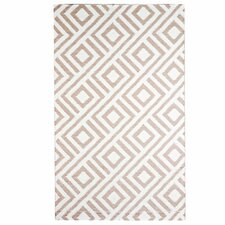 Designer Malibu Beige/White Indoor/Outdoor Area Rug