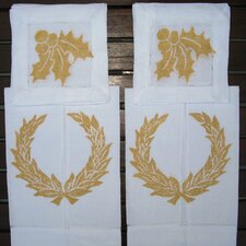 Wreath Guest Towel and Holly Cocktail Napkin Set