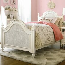 <strong>SmartStuff Furniture</strong> Gabriella Low Post Bedroom Set