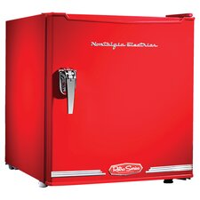 Retro Mini Fridge in Red