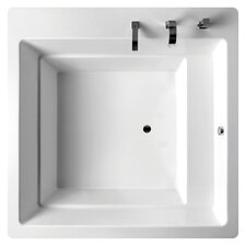 "Lacus 70"" Bathtub in White"