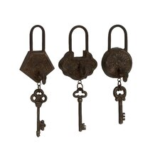 <strong>Woodland Imports</strong> 3 Piece Historic Antique Key Wall Décor Set