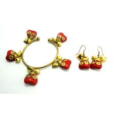 Goldtone Heart Bracelet and Earrings Set