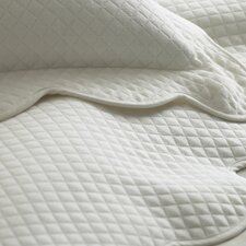 <strong>Peacock Alley</strong> Oxford Scalloped Hem Bedding Collection