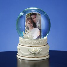 <strong>San Francisco Music Box</strong> Double Swan Photo Frame Water Globe
