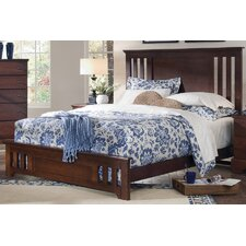 <strong>Carolina Furniture Works, Inc.</strong> Premier Panel Bed