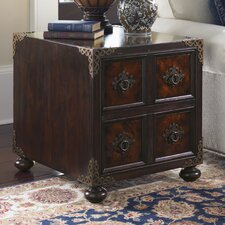 Island Traditions Bromwich Chairside Table
