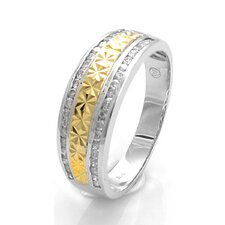 Gold Round Cut Diamond Ring