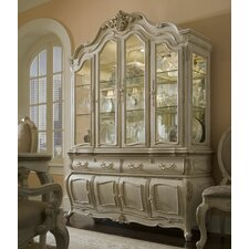 <strong>Michael Amini</strong> Lavelle China Cabinet