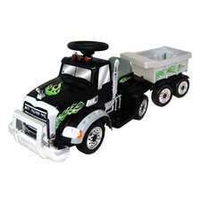 <strong>New Star</strong> Mack 6V Battery Powered Truck with Trailer