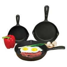 <strong>Universal Housewares</strong> 3-Piece Skillet Set