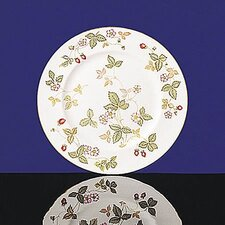 "<strong>Wedgwood</strong> Wild Strawberry 10.75"" Dinner Plate"
