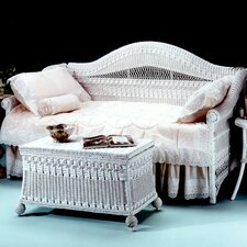 <strong>Yesteryear Wicker</strong> Classic Daybed