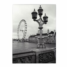 <strong>Trademark Fine Art</strong> 'London Eye' Canvas Art