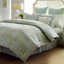 Lillian Bedding Collection