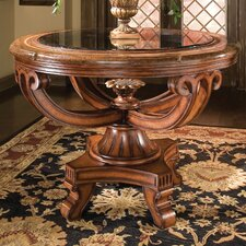 <strong>Benetti's Italia</strong> Umbria Foyer Table