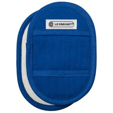 <strong>Le Creuset</strong> Fingertip Potholder (Set of 2)