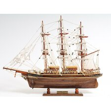 <strong>Old Modern Handicrafts</strong> Small Cutty Sark Model Ship