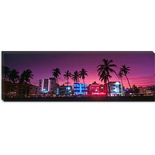 <strong>iCanvasArt</strong> South Beach Miami, Florida Canvas Wall Art