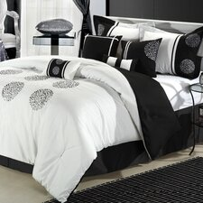 <strong>Chic Home</strong> Willow 8 Piece Comforter Set