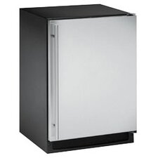 2000 Series 5.7 Cu. Ft. Compact Refrigerator with freezer
