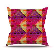Allicamohot Throw Pillow