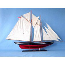 <strong>Handcrafted Model Ships</strong> Bluenose Model Yacht
