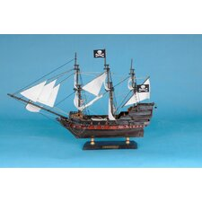 <strong>Handcrafted Model Ships</strong> Captain Kidd's Falcon Model Ship