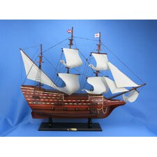 <strong>Handcrafted Model Ships</strong> Mayflower Model Ship