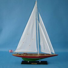 """20"""" Endeavour 2 Limited Model Yacht"""