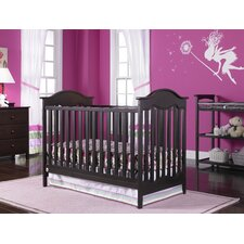 <strong>Fisher-Price Furniture</strong> Charlotte 3-in-1 Traditional Crib Set