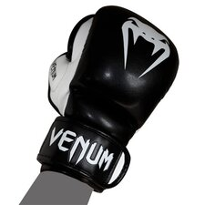 <strong>Venum</strong> Sparring MMA Gloves