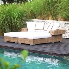 Hollywood Chaise Daybed with Cushions