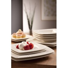 <strong>Belleek</strong> Solace Dinnerware Set