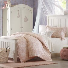 Lara Bedding Collection