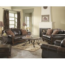 Maytown Living Room Collection