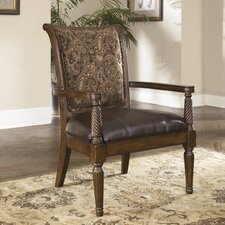 Maytown Showood Accent Chair