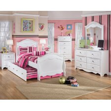 <strong>Signature Design by Ashley</strong> Lydia Sleigh Bedroom Set in White