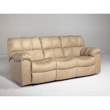 <strong>Signature Design by Ashley</strong> Valley Leather Sleeper Sofa